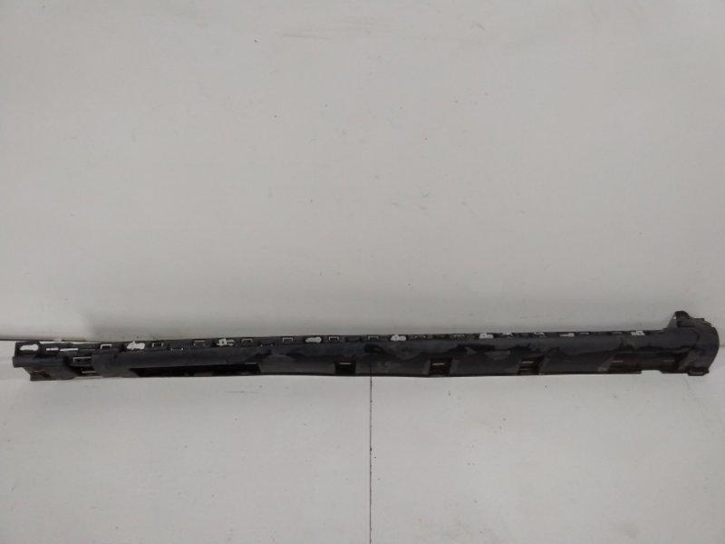 Накладка на порог (наружная) Renault Sandero Stepway 1 2009> правая 764365586R (б/у)