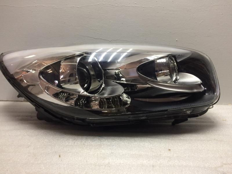 Фара правая Kia Picanto 2 TA 2011 передняя правая 921011Y311 (б/у)