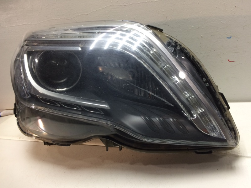 Фара правая Mercedes Glk X204 2012 передняя правая A2048200839 (б/у)