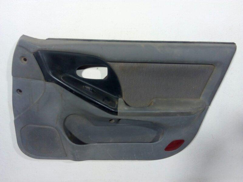 Обшивка двери передней правой Hyundai Elantra 3 XD 2003 передняя правая 823022D080BA (б/у)