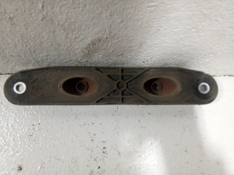 Кронштейн глушителя Skoda Octavia A5 1K0253144BD (б/у)