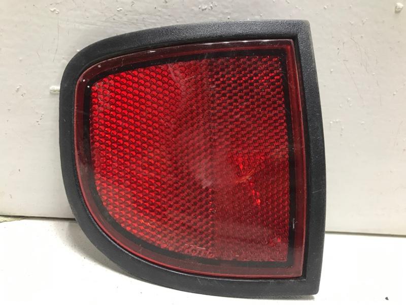 Отражатель задний Mitsubishi L200 KB 2006 задний правый 8355A016 (б/у)