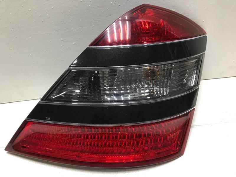 Фонарь задний правый Mercedes S W221 задний правый A2218200264 (б/у)
