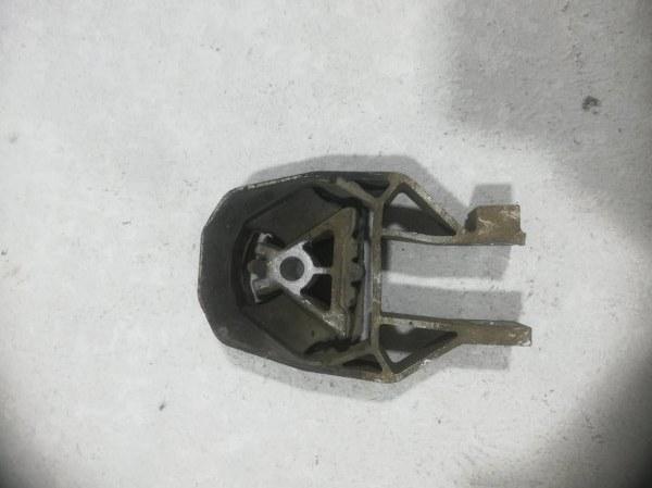 Опора двигателя задняя Ford Focus 2 CB4 2005 передняя 9487349 (б/у)