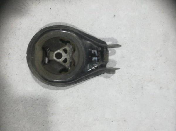 Опора двигателя задняя Ford Focus 2 CB4 2005 передняя 1404996 (б/у)