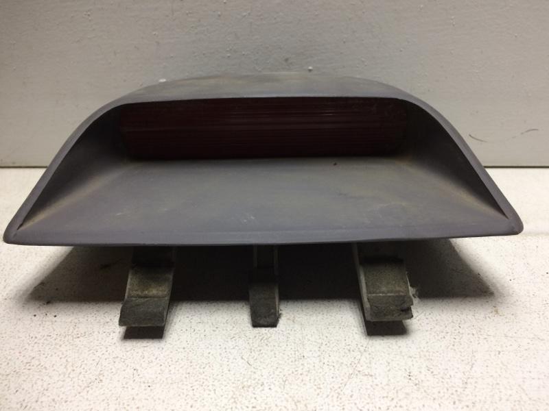 Фонарь задний (стоп сигнал) Hyundai Elantra 3 927502D050LT (б/у)