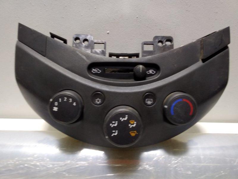 Блок управления климатической установкой Chevrolet Spark 3 M300 95491266 (б/у)