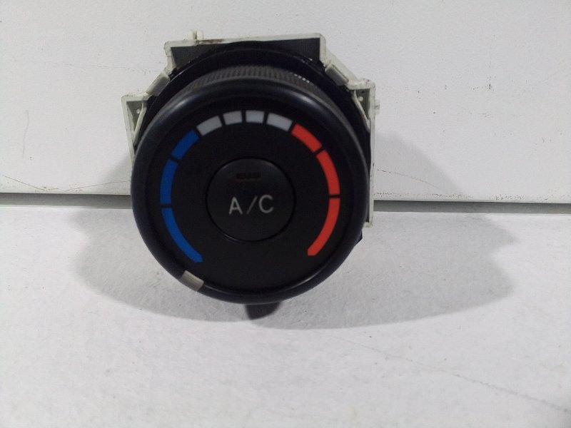 Блок управления климатической установкой Toyota Corolla 150 (б/у)