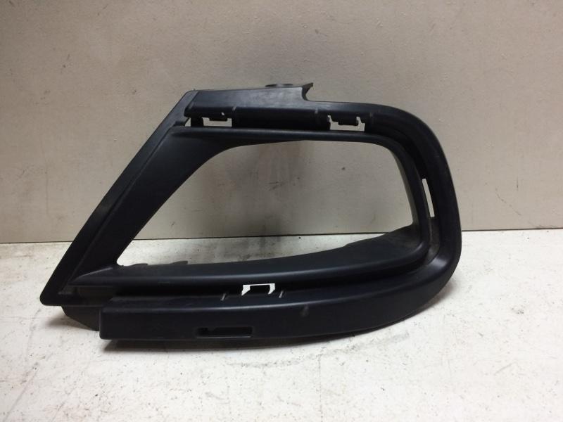 Накладка противотуманной фары Renault Duster HSA 2012> задняя левая 269862431R (б/у)