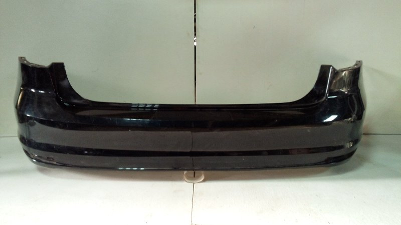 Бампер задний Volkswagen Jetta 6 NF 2010> задний 5CU807421CGRU (б/у)