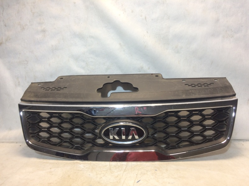 Решетка радиатора Kia Rio 2 JB 2005 передняя 863601G600 (б/у)