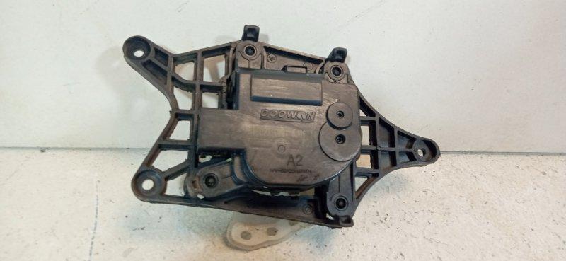 Мотор заслонки печки Kia Rio 3 QB 1.6 G4FC 2016 971571JAA0 (б/у)