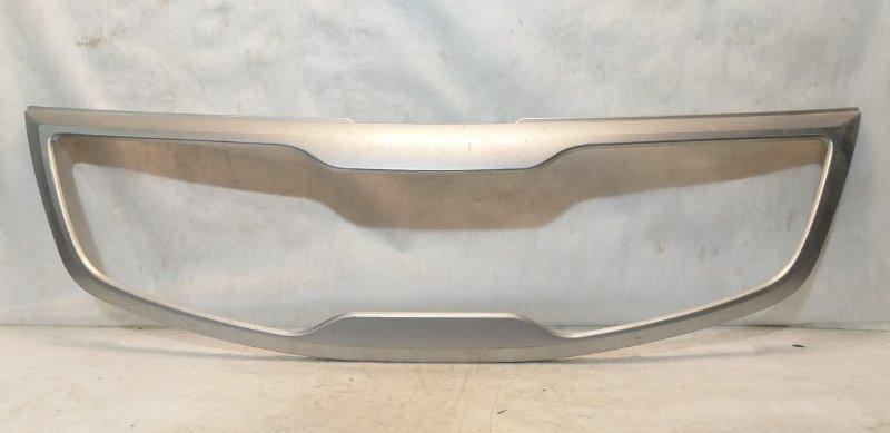 Накладка на решетку Kia Sportage 3 SL 2010 передняя 863503W000 (б/у)
