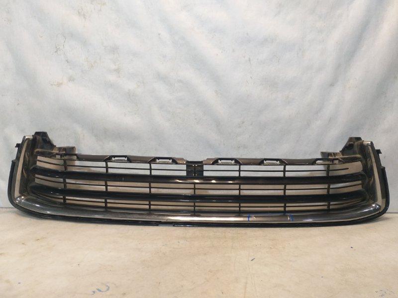 Решетка радиатора Toyota Highlander 3 XU50 2013> передняя нижняя 531020E050 (б/у)