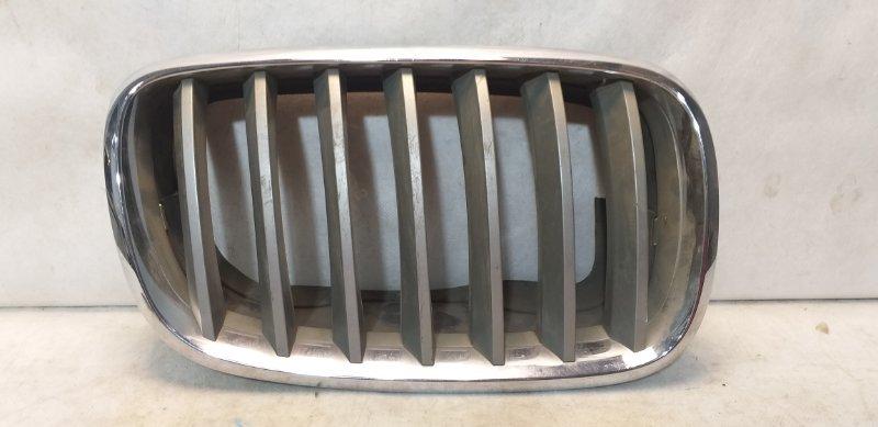 Решетка радиатора Bmw X5 E70 2007 передняя правая 51137171396 (б/у)