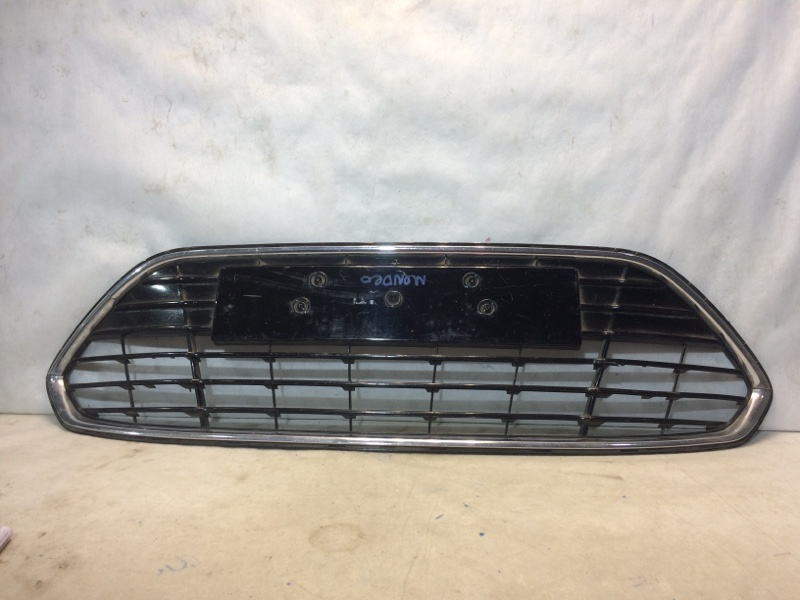 Решетка радиатора Ford Mondeo 4 4 2007 передняя 1724261 (б/у)