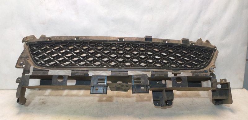Решетка бампера Renault Sandero Stepway 2 622548039R (б/у)