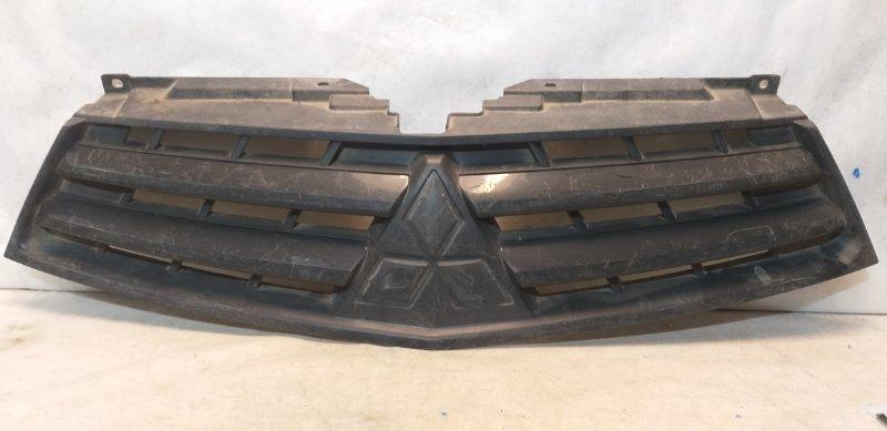 Решетка радиатора Mitsubishi L200 7450A621 (б/у)