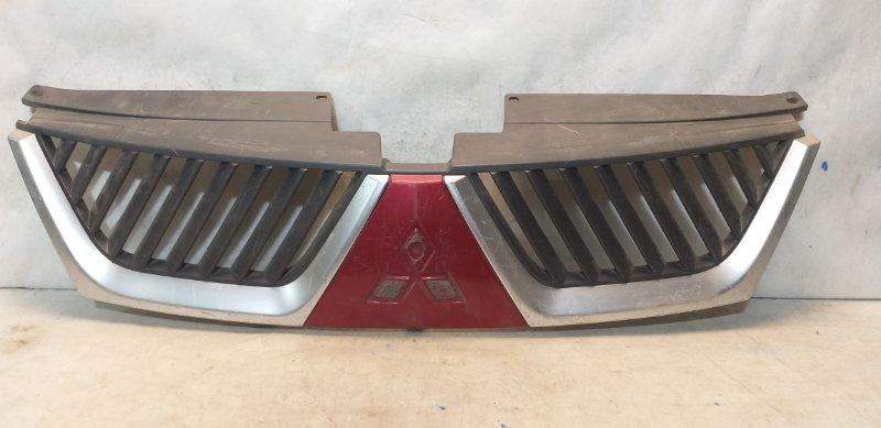 Решетка радиатора Mitsubishi Outlander 2 (б/у)