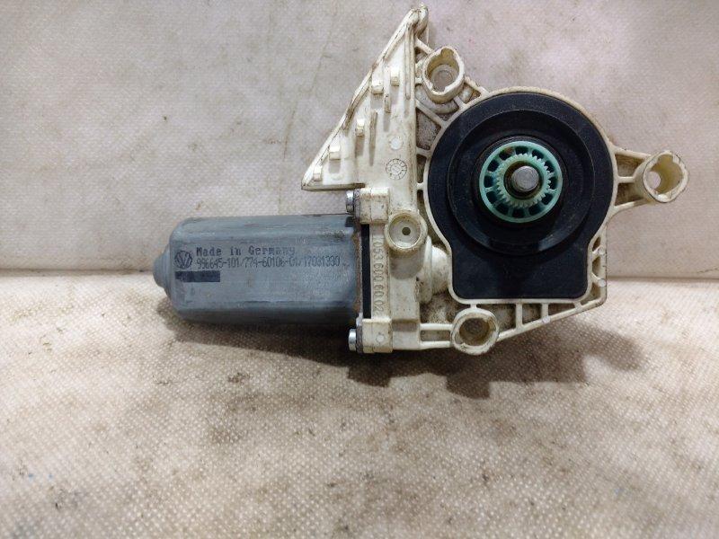 Мотор стеклоподъемника Skoda Octavia A5 A5 2004 задний левый 5K0959703ASK3 (б/у)