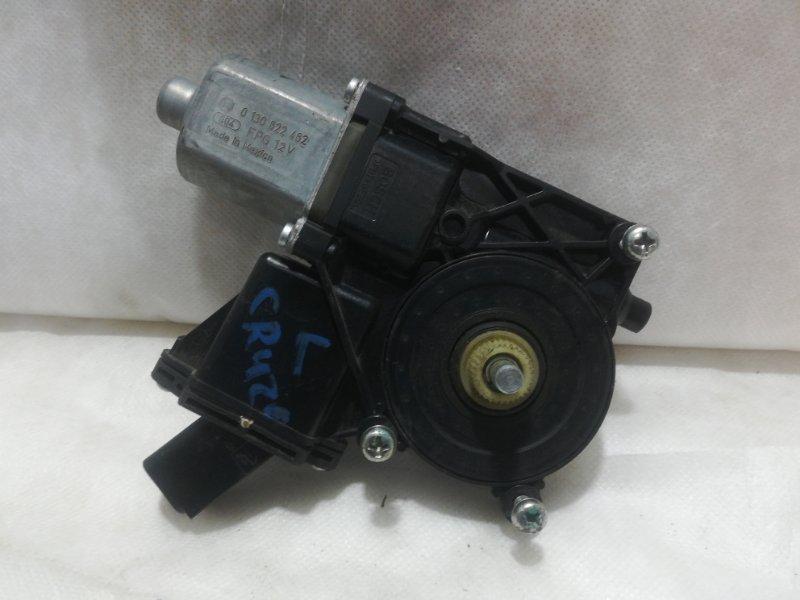 Мотор стеклоподъемника Chevrolet Cruze передний левый 94532757 (б/у)