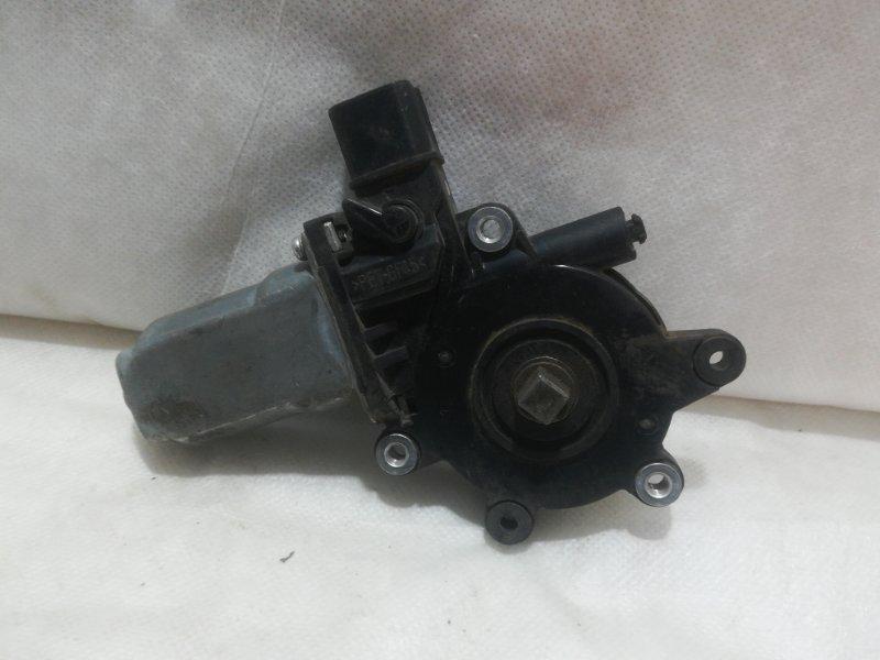 Мотор стеклоподъемника Mitsubishi Lancer 9 правый mr991832 (б/у)