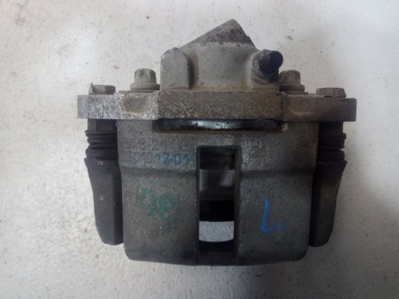 Суппорт передний Lada Granta 2190 1.6 2014 левый 11180350101500 (б/у)