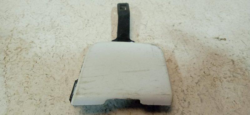 Заглушка бампера Renault Fluence задняя 511650010r (б/у)