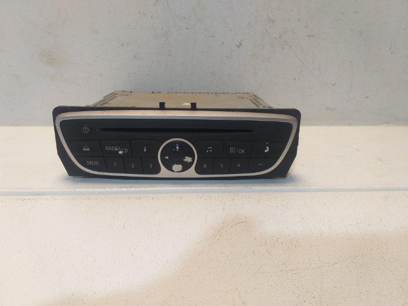Магнитола Renault Megane 3 281150030R (б/у)