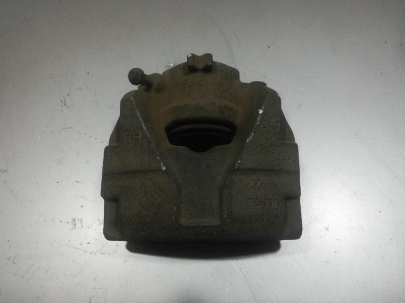 Суппорт передний Renault Fluence передний правый 410018218R (б/у)