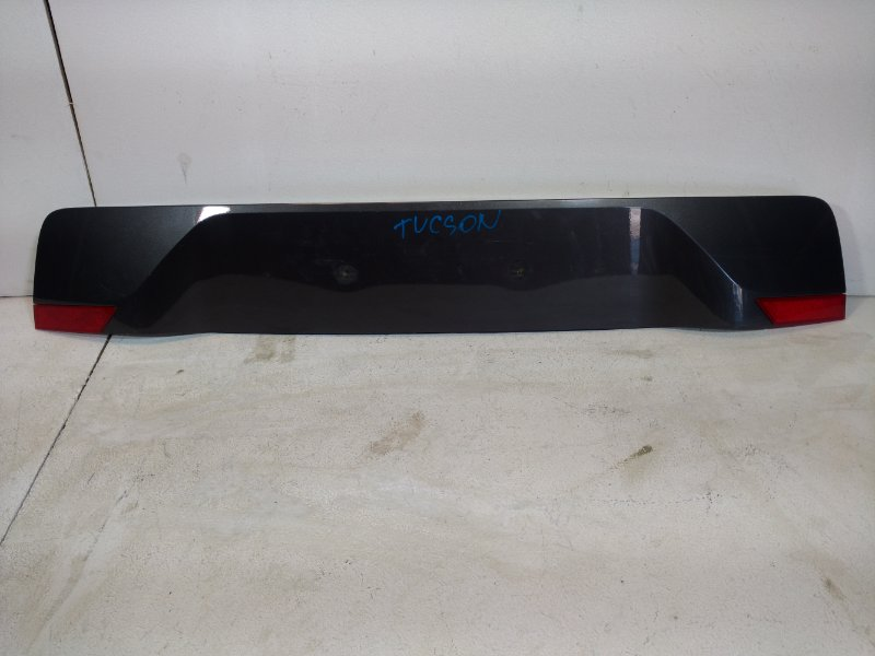 Накладка двери багажника Hyundai Tucson 3 87310D7500 (б/у)