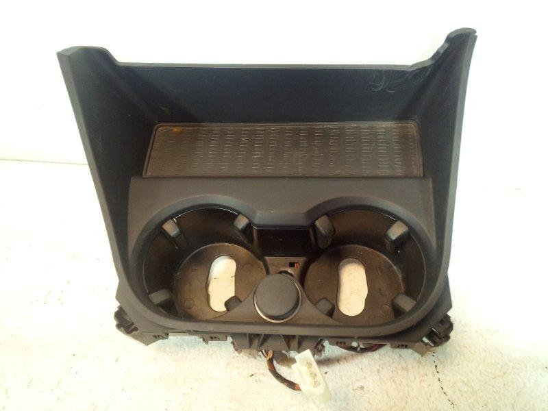 Подстаканник Bmw X3 F25 3.0 (N52B30AF) 2011 передний 51169184498 (б/у)