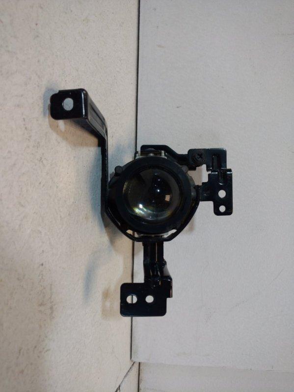 Фара противотуманная Kia 2016 передняя правая R92202F1 (б/у)