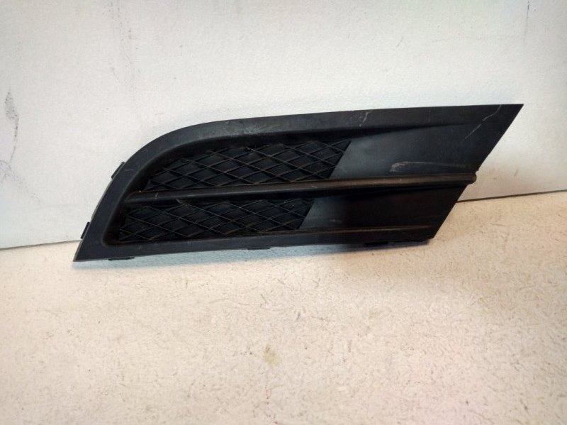 Заглушка птф Volkswagen Jetta 6 передняя правая (б/у)