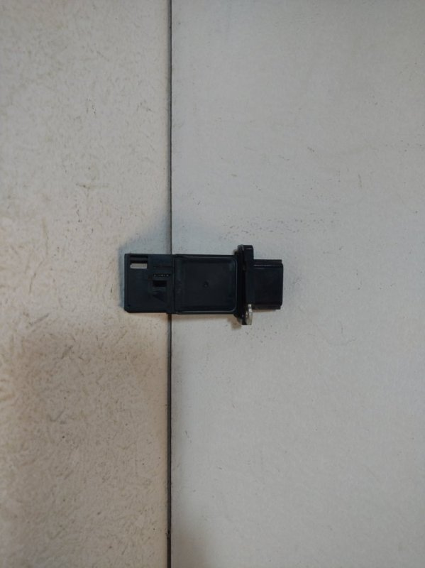 Расходомер воздуха (массметр) Nissan Teana J32 (б/у)