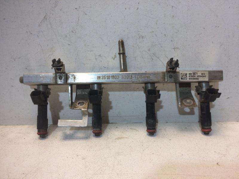 Рейка топливная (рампа) Chevrolet Cobalt T250 2011 96985671 (б/у)