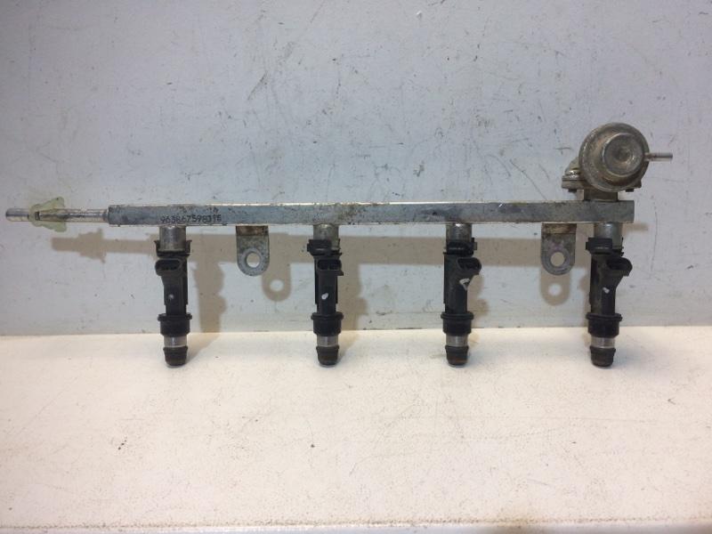 Рейка топливная (рампа) Daewoo Nexia N100 1995 96386764 (б/у)