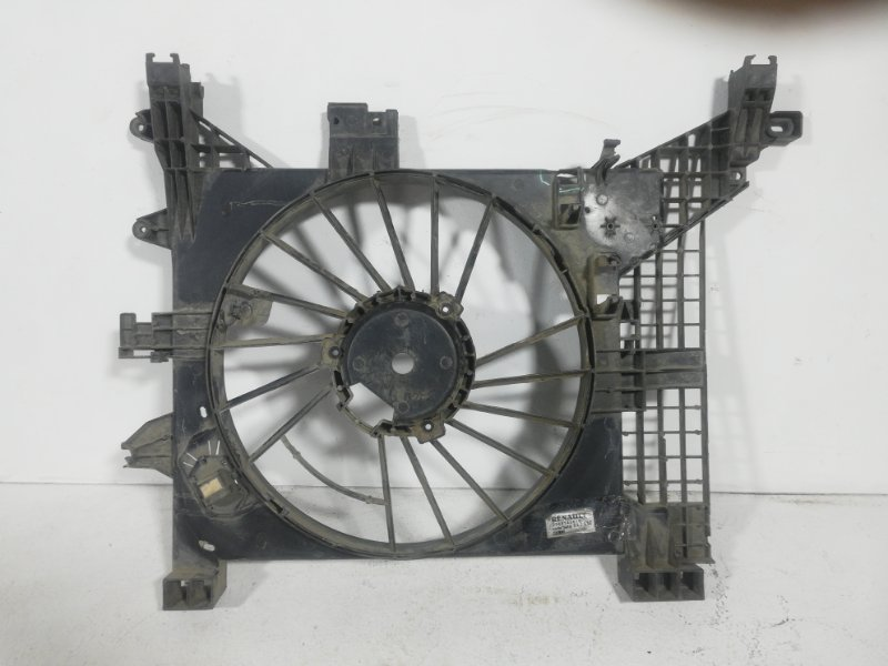 Диффузор вентилятора Renault Duster HS K4M (б/у)