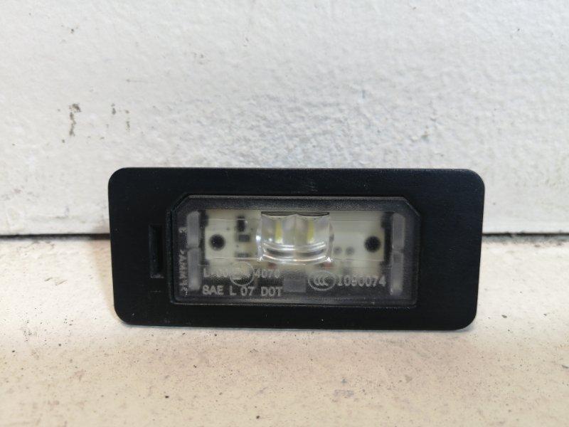 Фонарь освещения номерного знака Bmw X3 F25 3.0 (N52B30AF) 2011 задний 63267193293 (б/у)