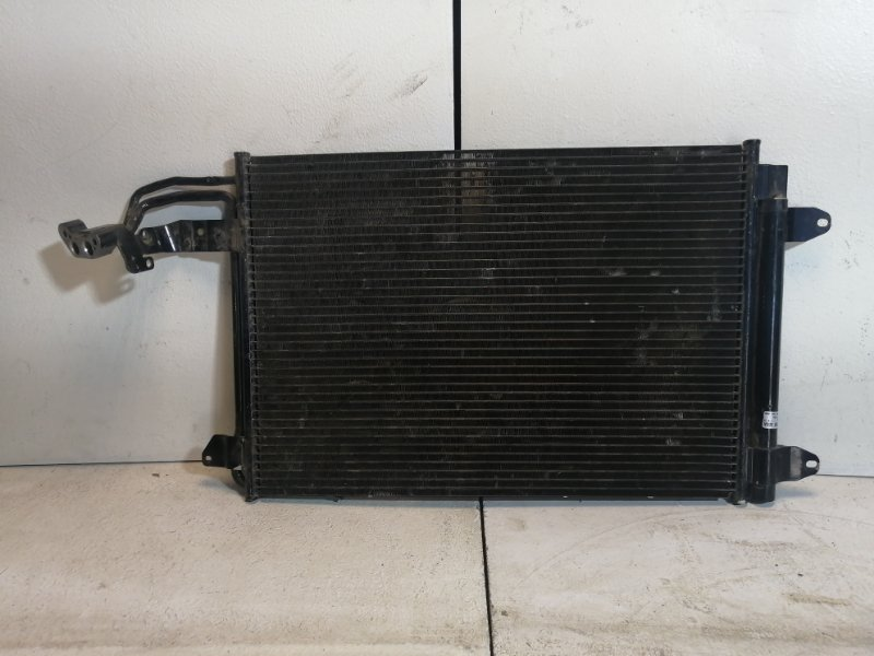 Радиатор кондиционера Volkswagen Jetta 5 1K 1K0820411Q (б/у)
