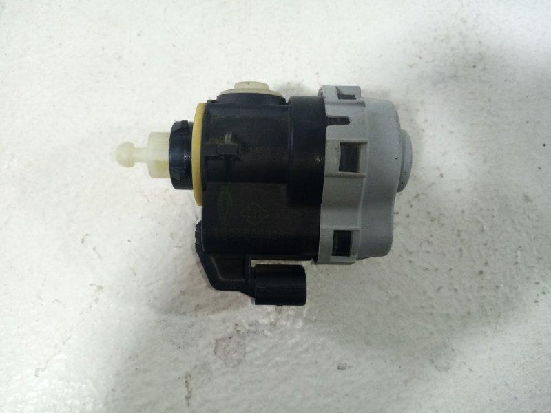 Блок управления наклона фары Renault Megane 3 L30 2010 260560004R (б/у)