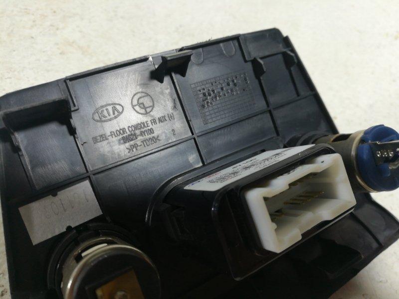 Накладка (кузов внутри) Kia Rio 3 QB 2011 846214Y100 (б/у)