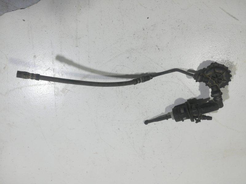Главный цилиндр сцепления Skoda Octavia A5 передний 1K0 721 388-AB (б/у)