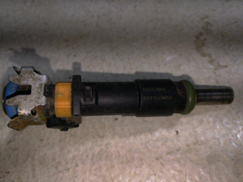 Форсунка инжекторная электрическая Toyota Corolla 150 E150 Z18XER 2008 2325037010 (б/у)