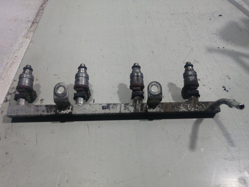 Рейка топливная (рампа) Chevrolet Lacetti 2003 96386752 (б/у)