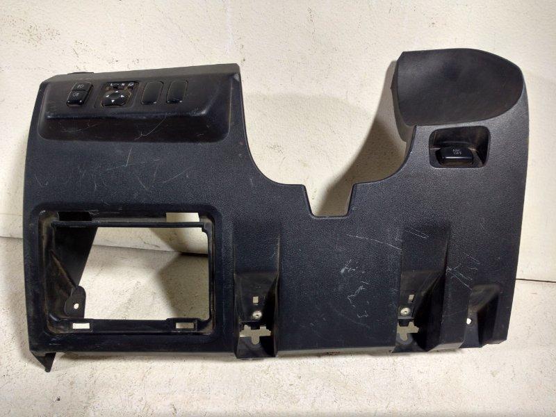 Накладка (кузов внутри) Mitsubishi Pajero 8002A220 (б/у)