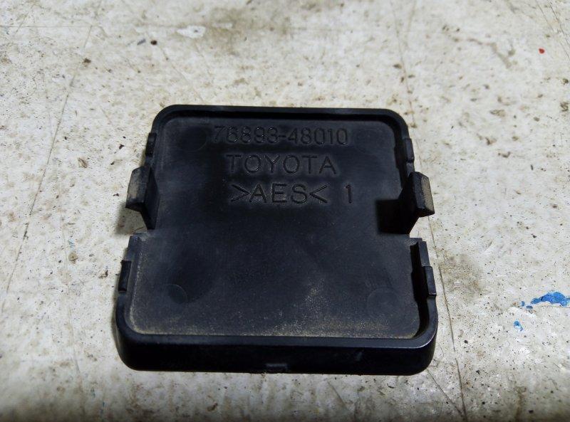 Накладка крышки багажника Lexus Rx AL10 2009 76893-48010 (б/у)