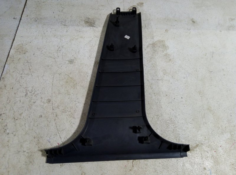 Обшивка стойки Ford Focus 2 левая 4M51-A243W07-A (б/у)