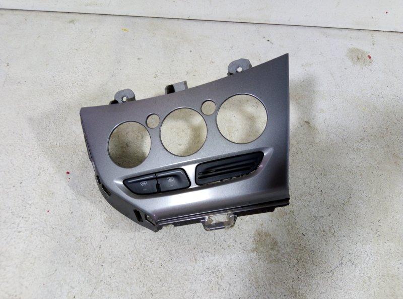 Накладка центральной консоли Ford Focus 3 1.6 2013 1791752 (б/у)