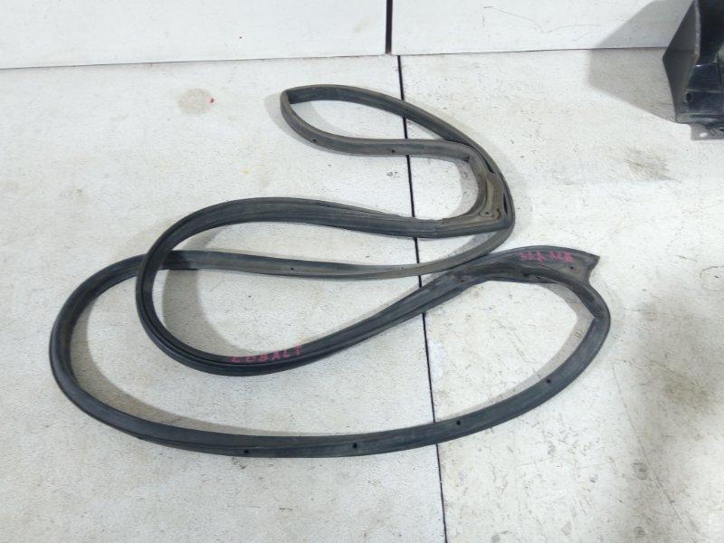 Уплотнитель двери Chevrolet Cobalt задний левый (б/у)
